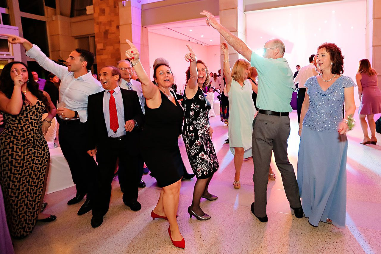 Kim Mike Indiana State Museum Wedding 320