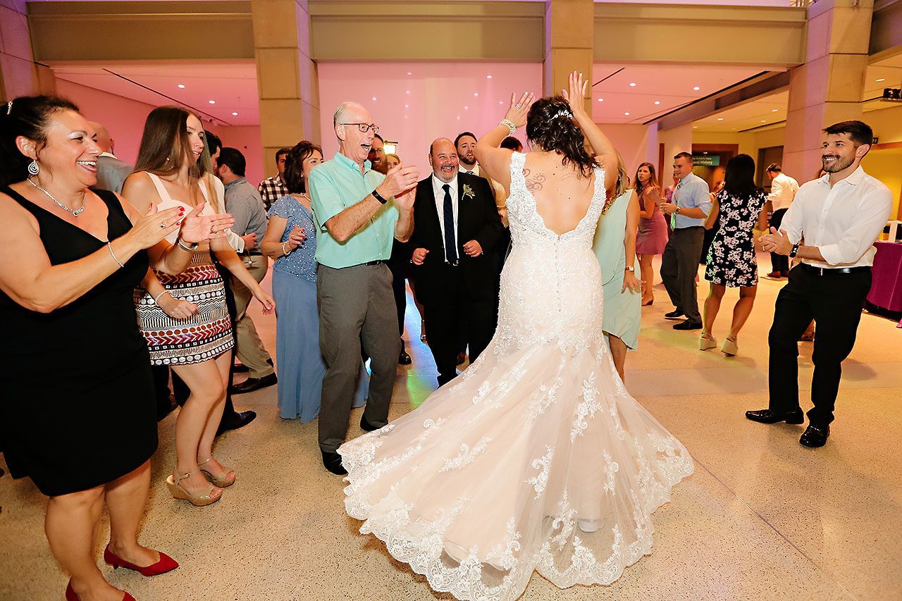 Kim Mike Indiana State Museum Wedding 356