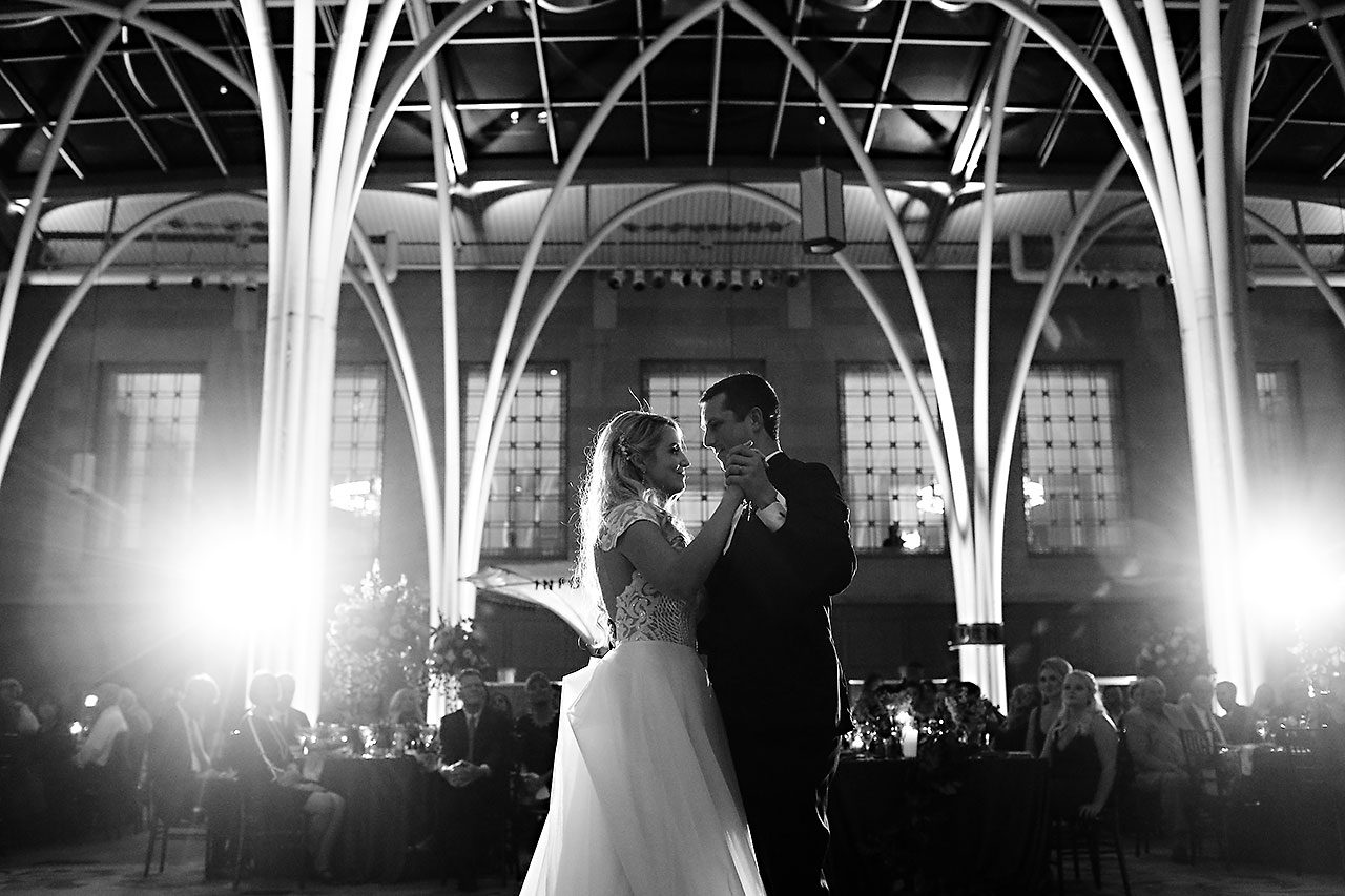 Emily Alex Indianapolis Central Library Wedding 335