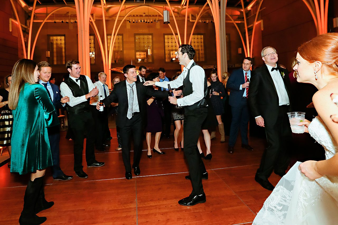 Marianne Steven Indianapolis Central Library Wedding 369