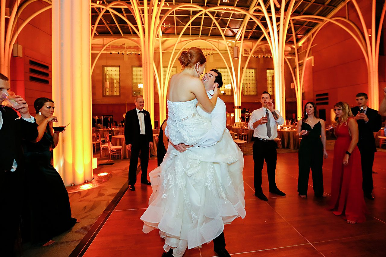 Marianne Steven Indianapolis Central Library Wedding 387