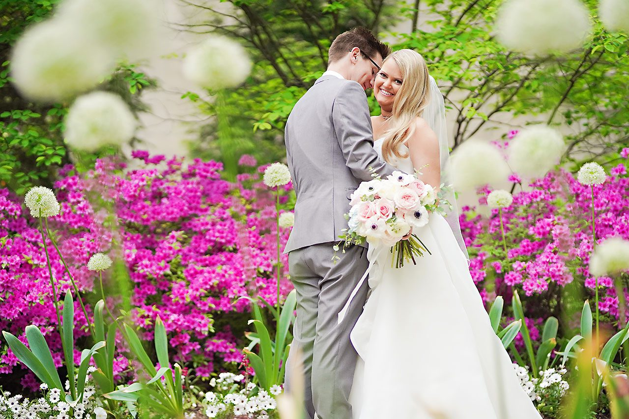 Lauren Andy Newfields Indianapolis Museum of Art Wedding