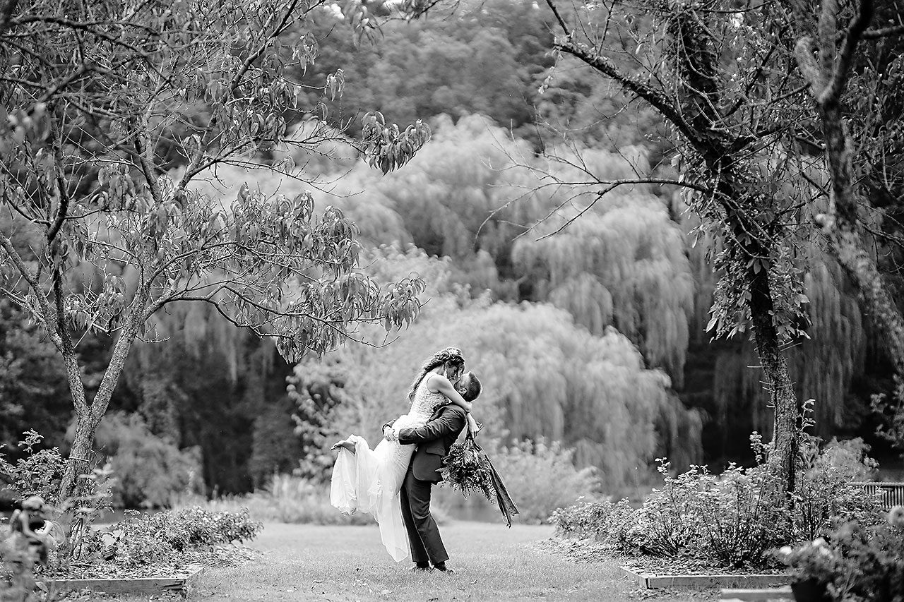 Hannah Ian Friendship Gardens Michigan City Indiana Wedding 238