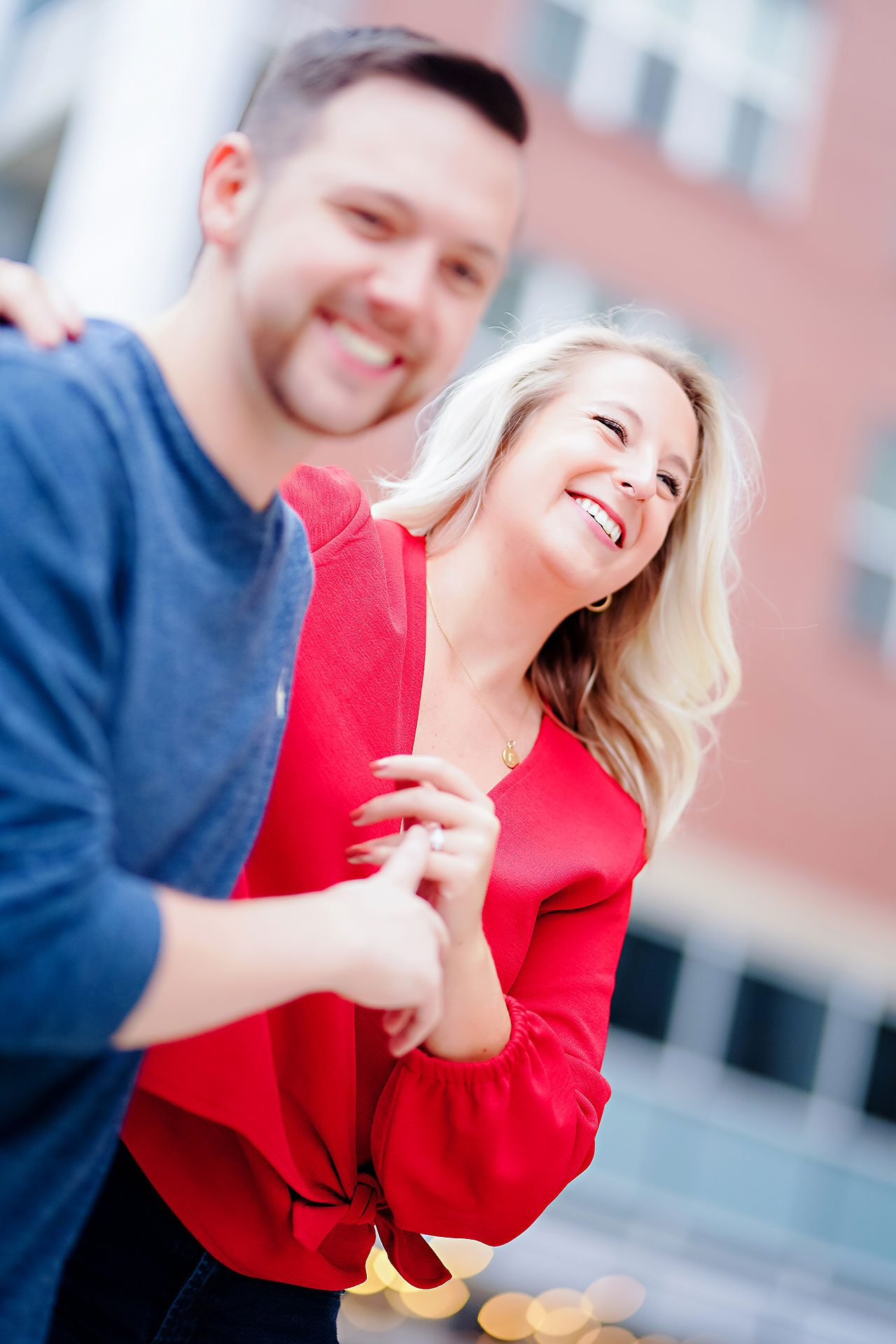 Kristen Jonny Indianapolis Downtown Engagement Session 004
