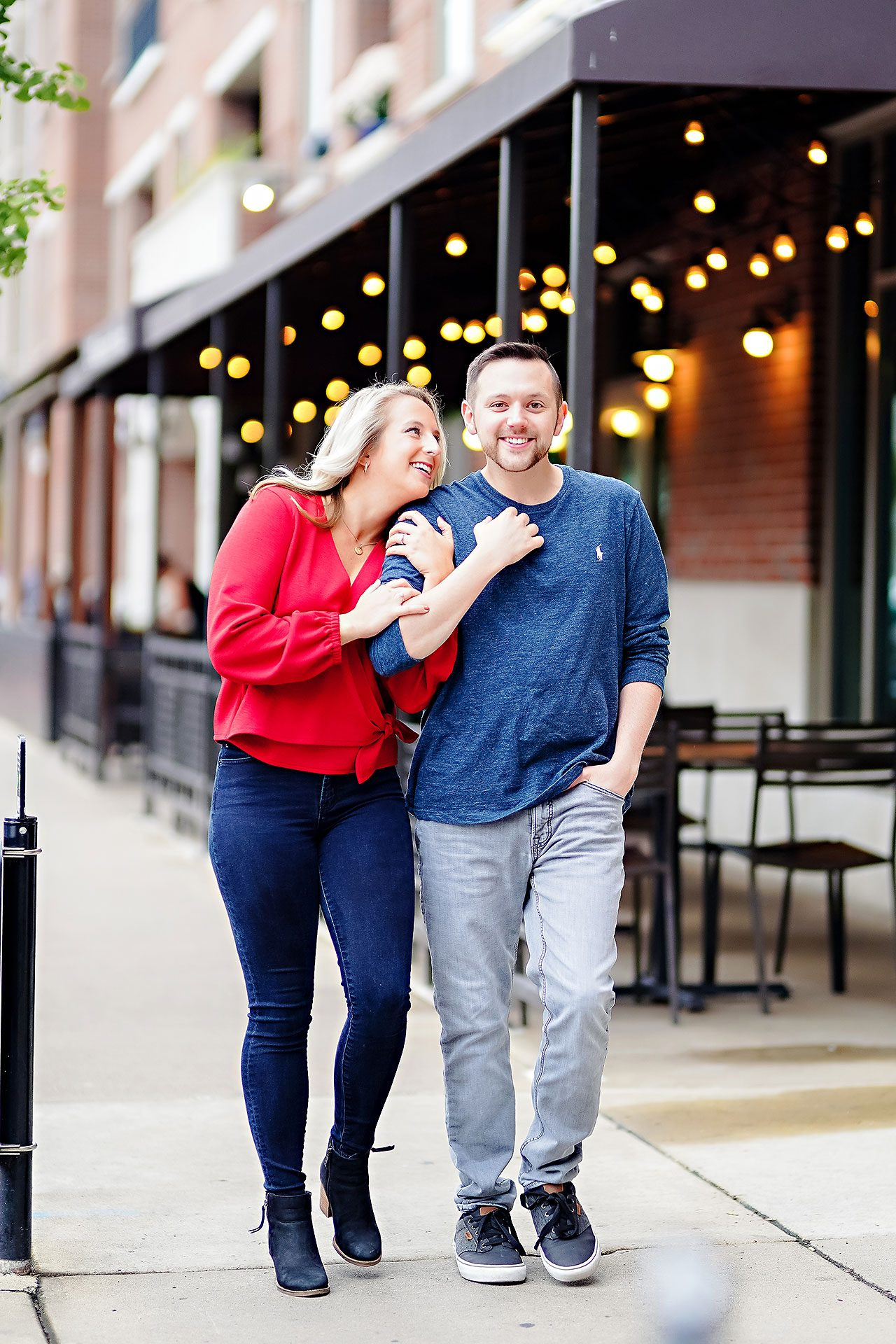 Kristen Jonny Indianapolis Downtown Engagement Session 005