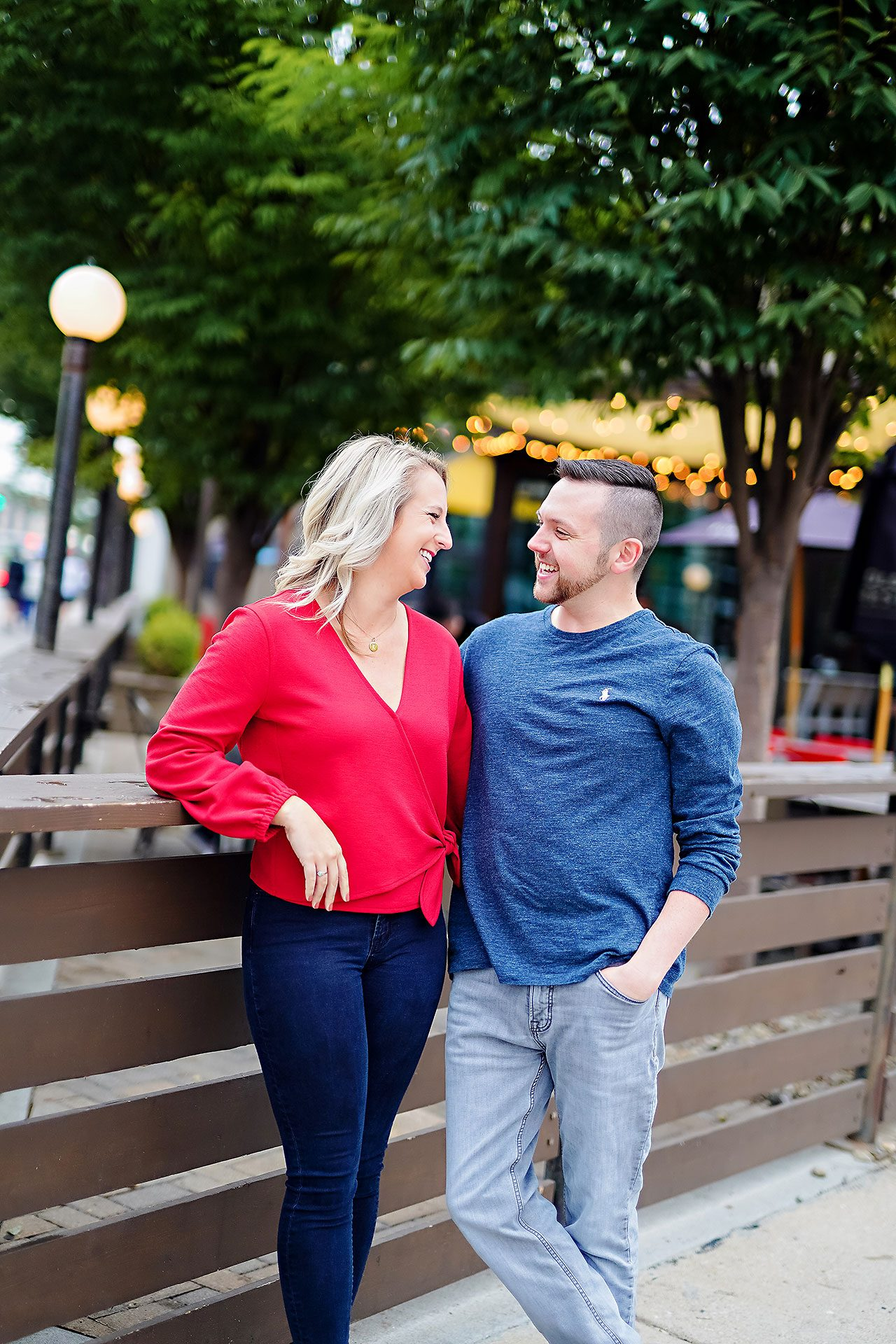 Kristen Jonny Indianapolis Downtown Engagement Session 016