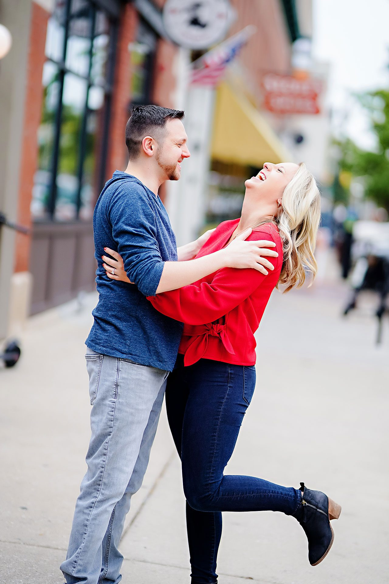 Kristen Jonny Indianapolis Downtown Engagement Session 019