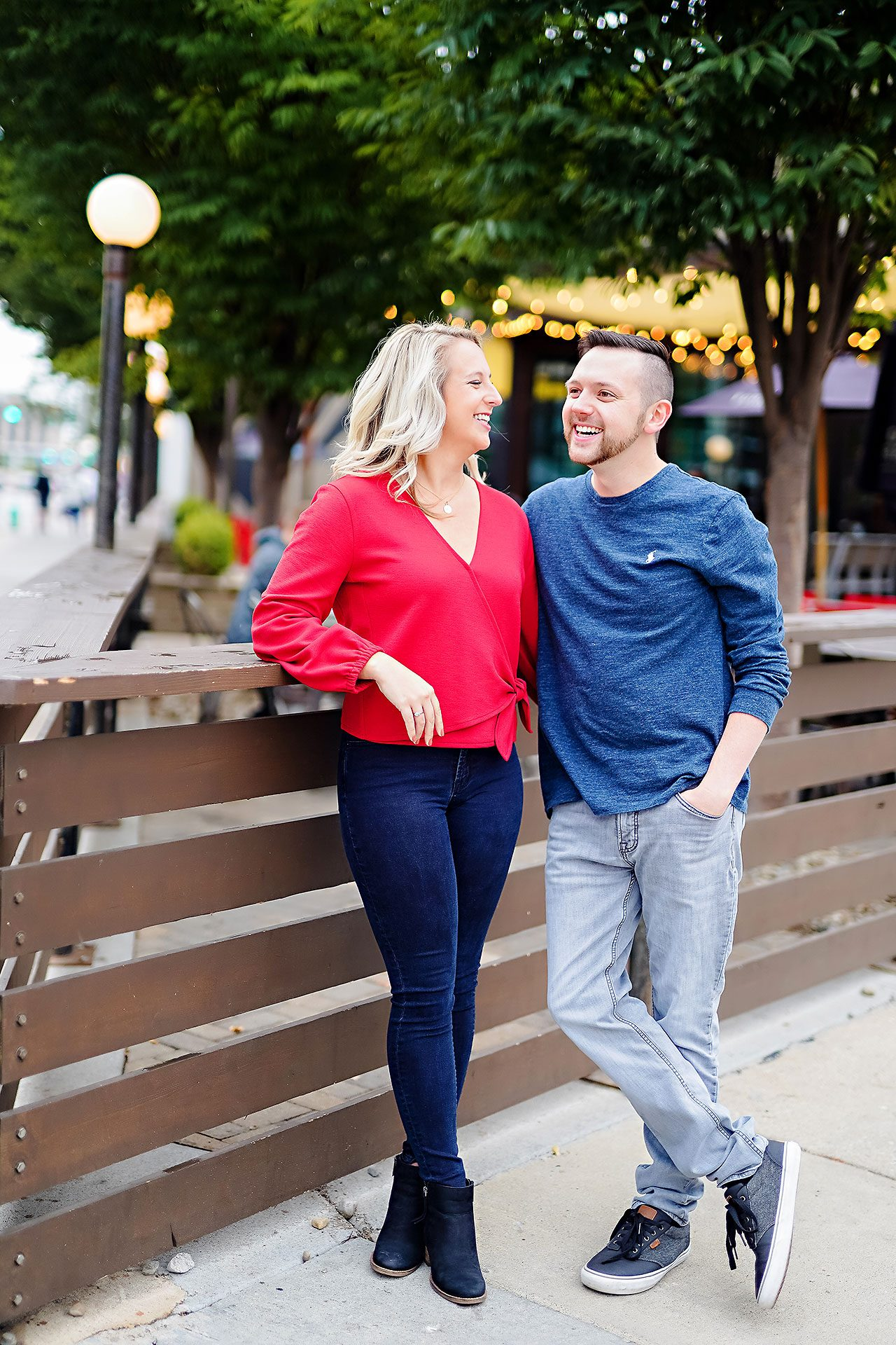 Kristen Jonny Indianapolis Downtown Engagement Session 028
