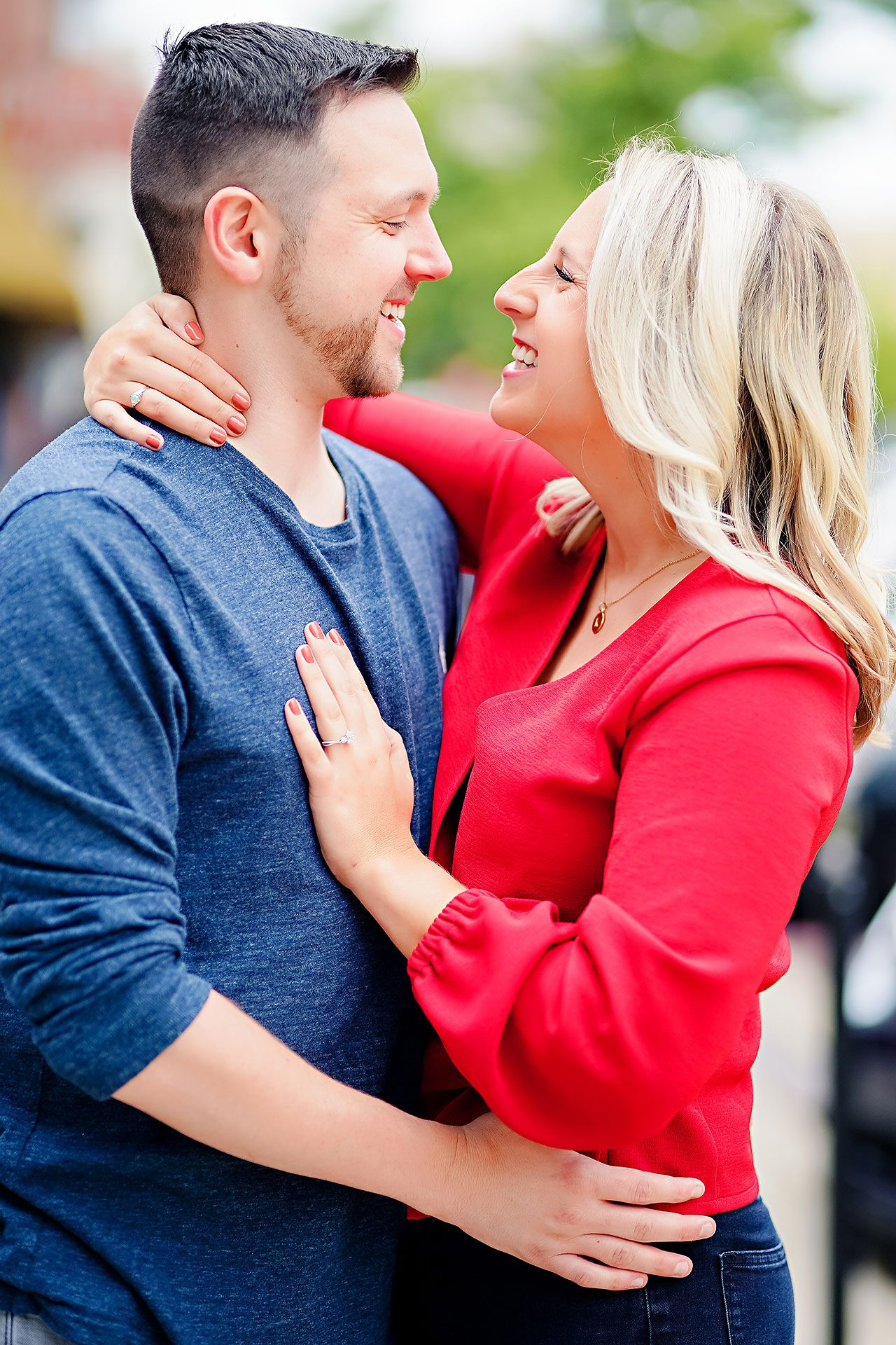 Kristen Jonny Indianapolis Downtown Engagement Session 034