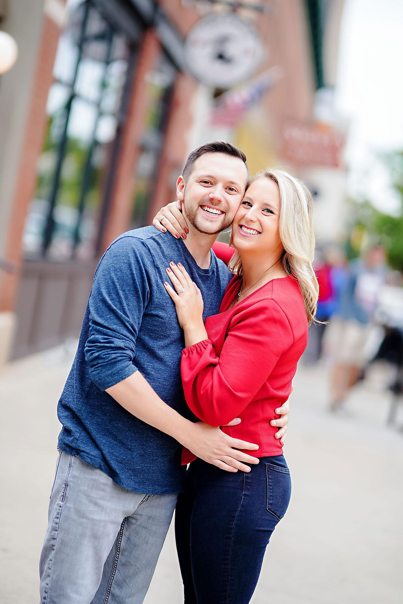 Kristen Jonny Indianapolis Downtown Engagement Session 037