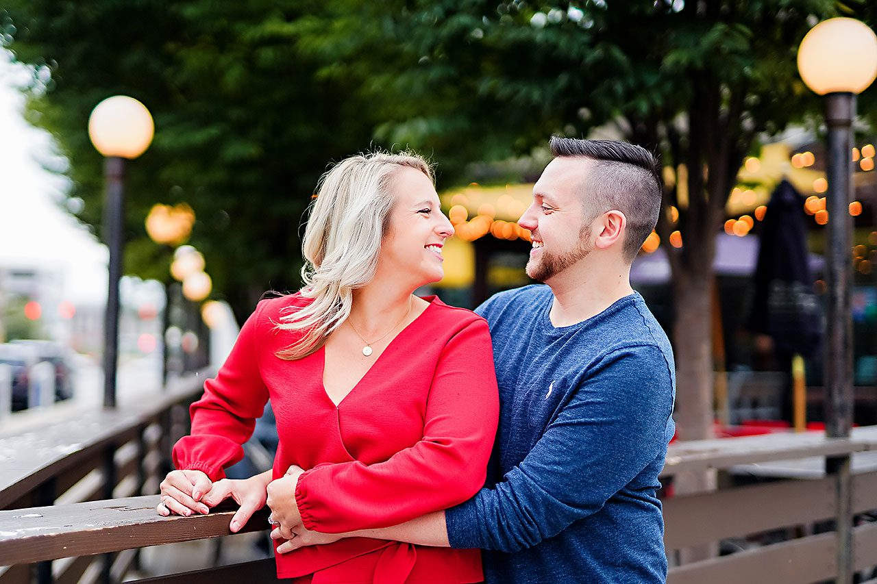Kristen Jonny Indianapolis Downtown Engagement Session 044