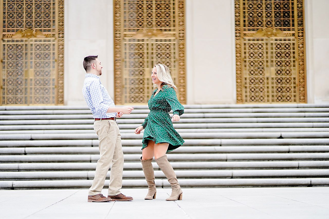 Kristen Jonny Indianapolis Downtown Engagement Session 056