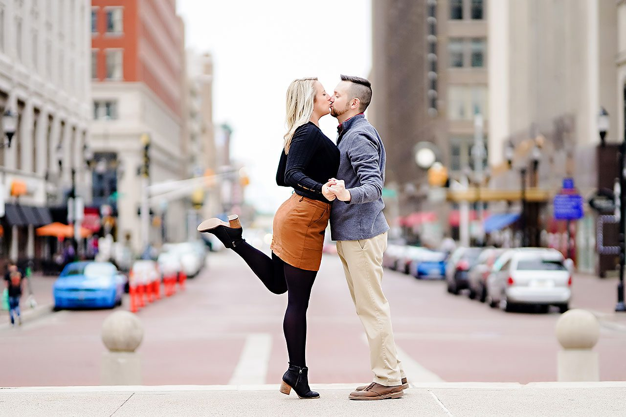 Kristen Jonny Indianapolis Downtown Engagement Session 123
