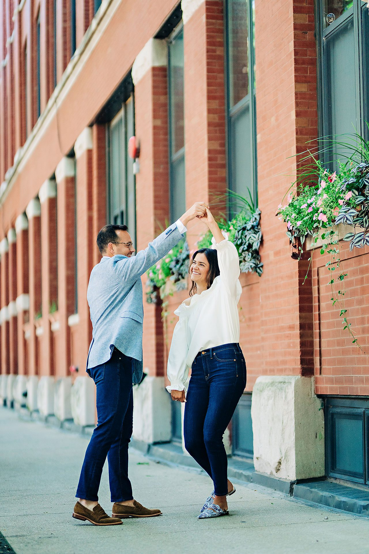 Kaitlin Collin Chicago Engagement Session 010