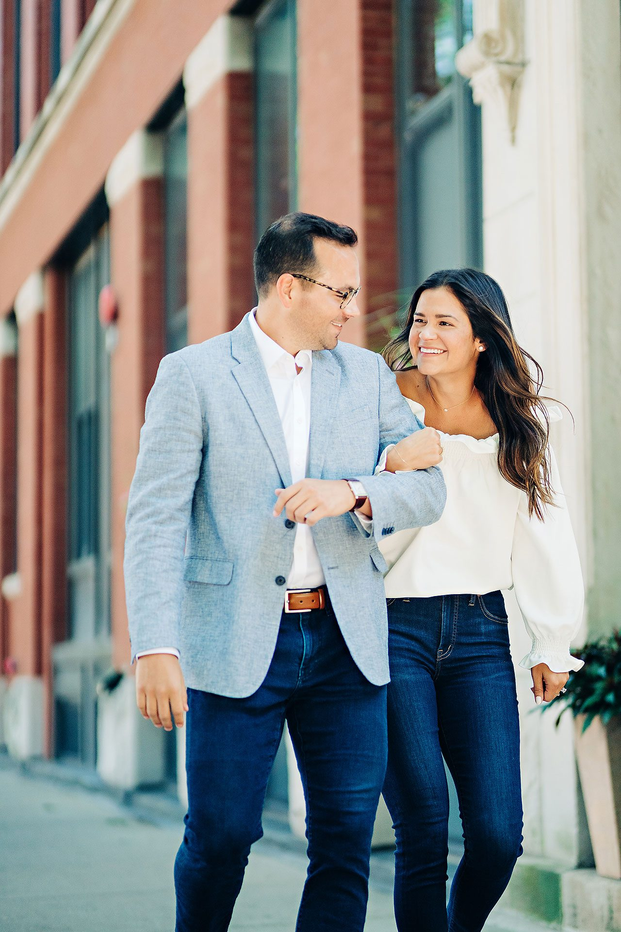 Kaitlin Collin Chicago Engagement Session 016