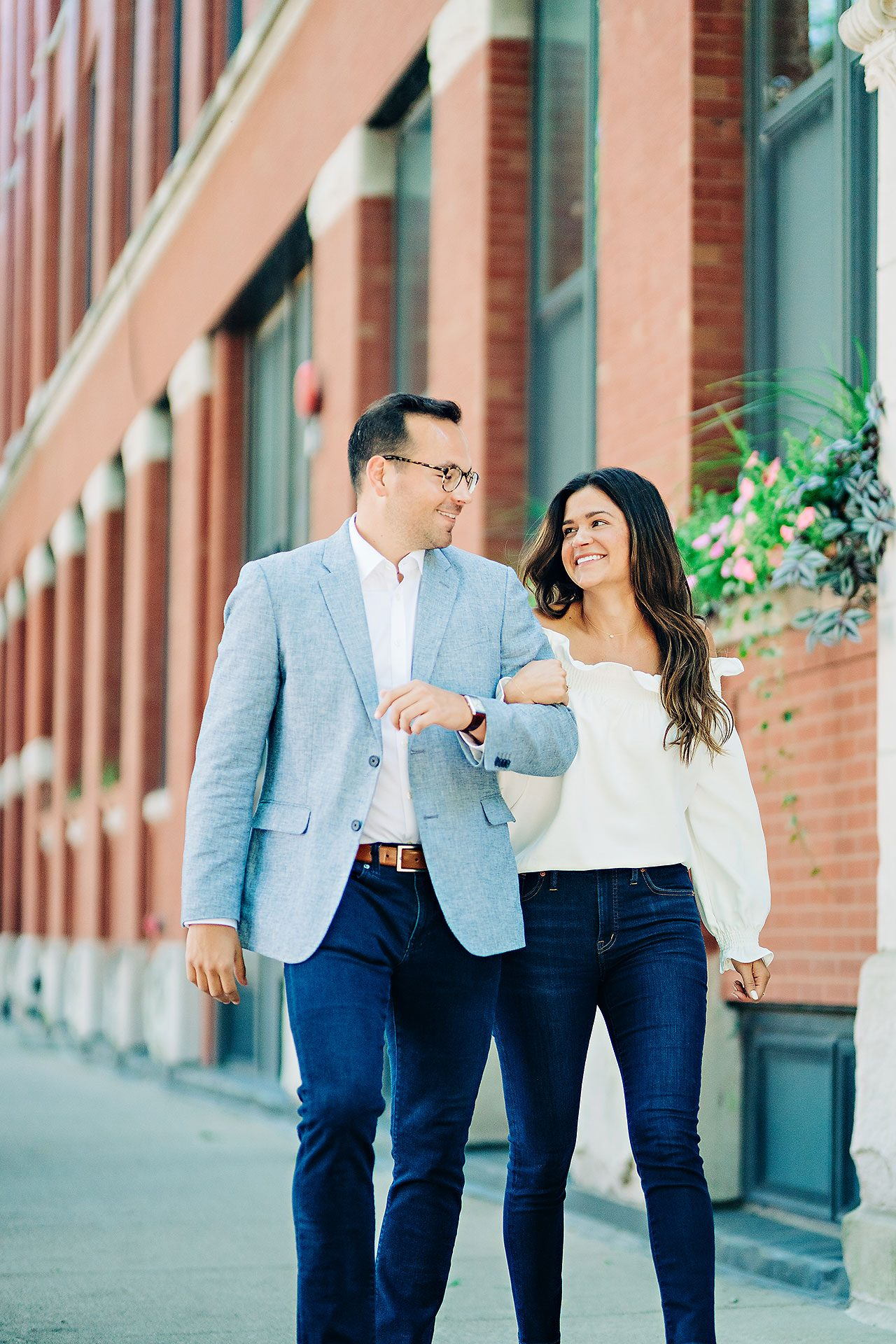 Kaitlin Collin Chicago Engagement Session 022