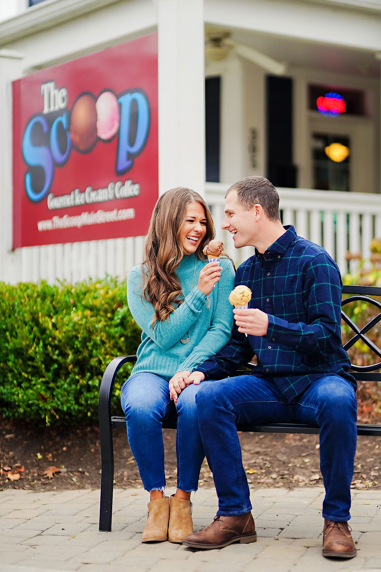 Sarah Andrew Holcomb Gardens Zionsville Engagement Session 103