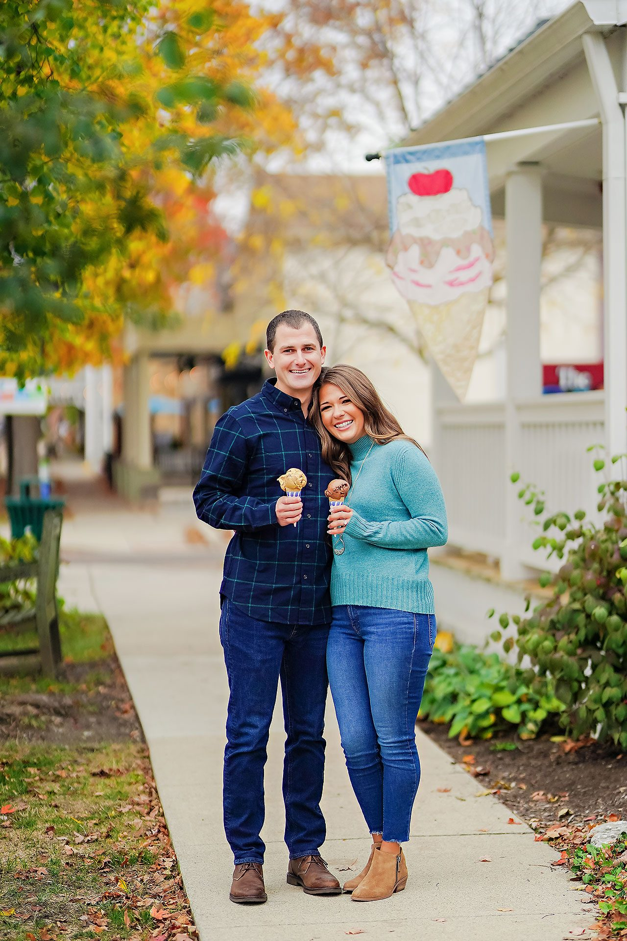 Sarah Andrew Holcomb Gardens Zionsville Engagement Session 115